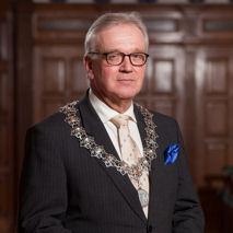 Burgemeester Piet Bruinooge